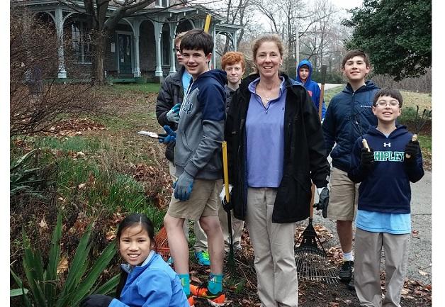 Shipley volunteers - April 2015 - horizontal