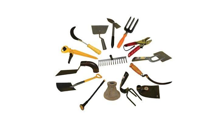 tools - 733x433